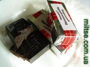 Фото: Черный шоколад изюм